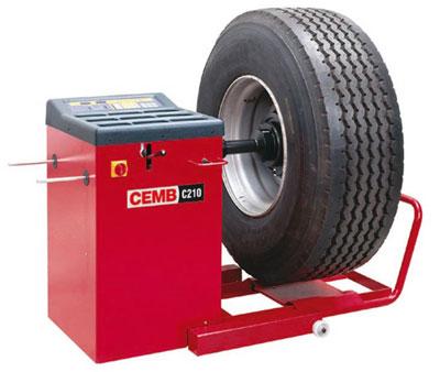 CEMB C210 mašina za balansiranje teretnih točkova