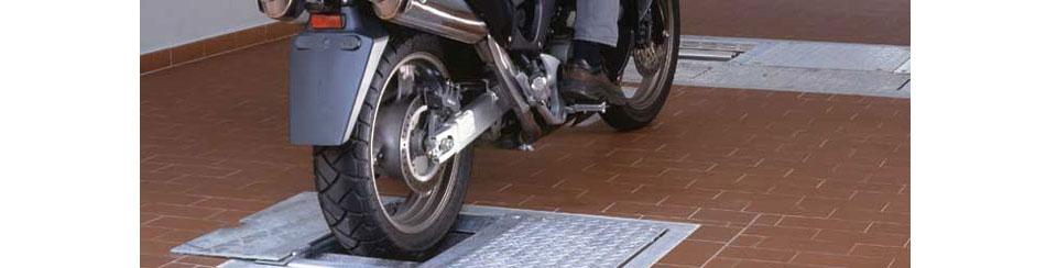 Uređaj za ispitivanje kočenja za motocikle MB 30 PC